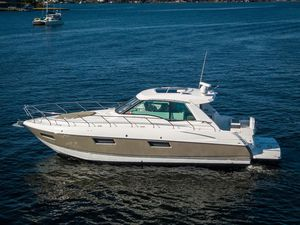 Used Cruisers Cantius Motor Yacht For Sale