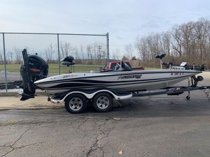 Used Stratos 201XL EVOLUTION201XL EVOLUTION Bass Boat For Sale