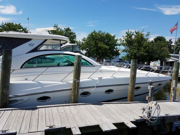 Used Maxum Cruiser Boat For Sale