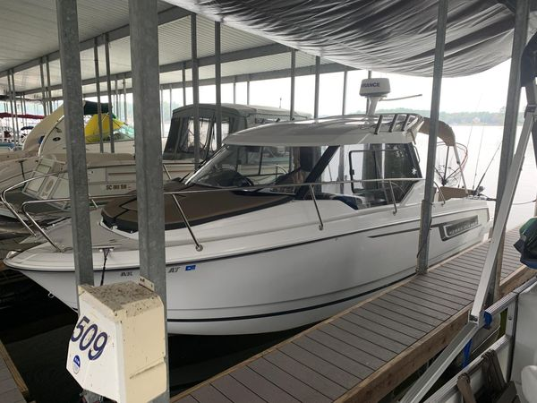 Used Jeanneau Merry Fisher 795 Cruiser Boat For Sale