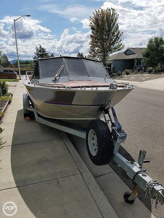 Used Alumaweld 20-72 Aluminum Fishing Boat For Sale