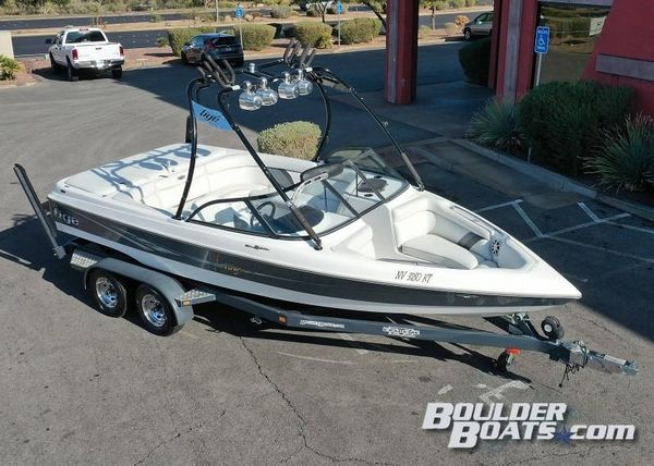 Used Tige 21V Riders Edition21V Riders Edition Ski and Wakeboard Boat For Sale