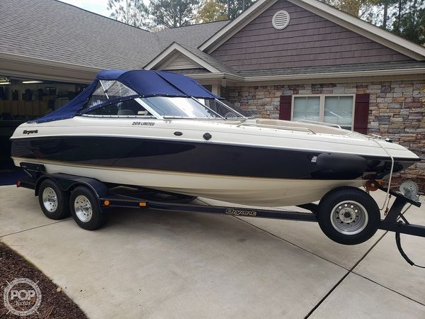Used Bryant 209 Limited Bowrider Boat For Sale
