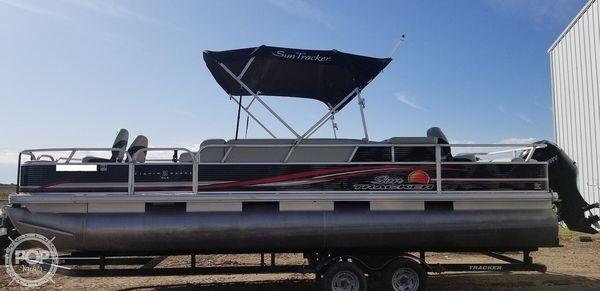 Used Sun Tracker 24 DLX FIshin Barge Pontoon Boat For Sale