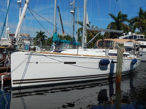 Used Jeanneau Sun Odessy Daysailer Sailboat For Sale