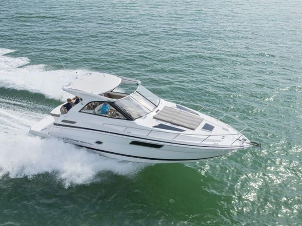 New Regal 35 Sport Coupe35 Sport Coupe Motor Yacht For Sale