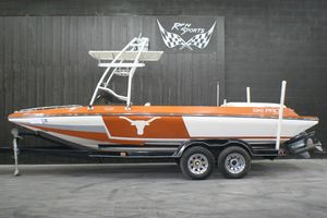 Used Ski Pro EXTREME LONGHORN Ski and Wakeboard Boat For Sale