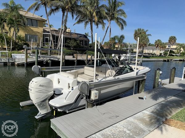 Used Boston Whaler 230 Vantage Runabout Boat For Sale