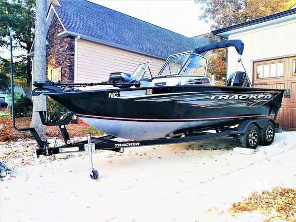 Used Tracker Targa V19 Combo 40th Anniversary Edition Aluminum Fishing Boat For Sale
