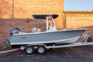 Used Sea Hunt Ultra 211Ultra 211 Center Console Fishing Boat For Sale
