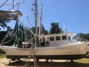 Used Lafayette Tunnel Drive 40 Tunnel Drive Commercial Boat For Sale