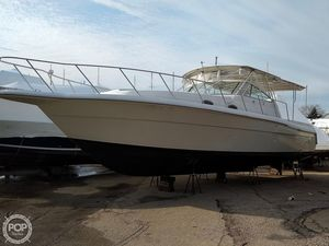 Used Stamas 360 Express Cruiser Boat For Sale