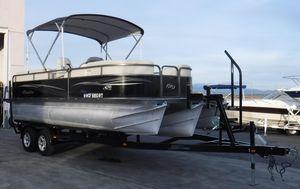 Used Manitou Aurora 21 RF VPAurora 21 RF VP Pontoon Boat For Sale