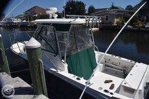 Used Trophy 2502 WA Walkaround Fishing Boat For Sale