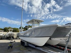 New World Cat 295 CC295 CC Center Console Fishing Boat For Sale