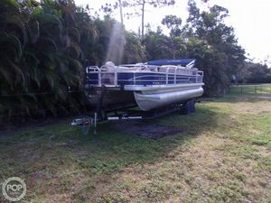 Used Sun Tracker FB 24 Pontoon Boat For Sale