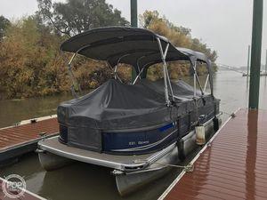 Used Premier Pontoons Gemini 221 Pontoon Boat For Sale