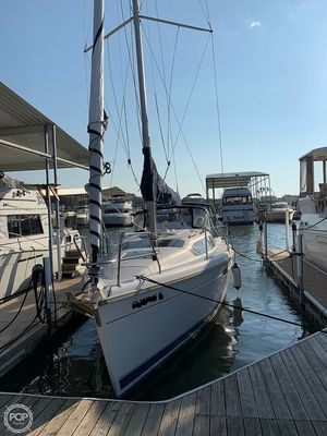 Used Hunter 336 Racer and Cruiser Sailboat For Sale