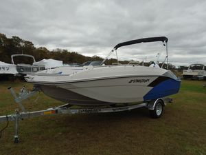 New Starcraft SVX 171SVX 171 Deck Boat For Sale