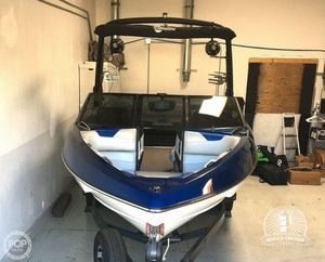 Used Malibu 22 VLX Wakesetter Ski and Wakeboard Boat For Sale