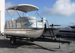 Used Bentley Pontoons 180 CRRE180 CRRE Pontoon Boat For Sale