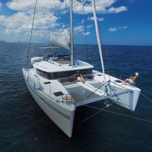 Used Lagoon 450F Catamaran Sailboat For Sale