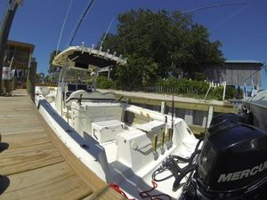 Used Hydra-Sports Vector 3300CC Saltwater Fishing Boat For Sale