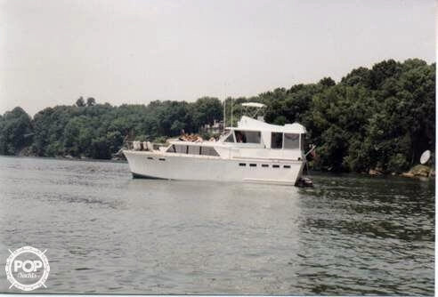 Used Richardson 43 Express Cruiser Boat For Sale