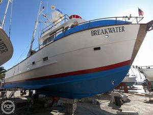 Used Custom 6 Pack SportFIsh / Dive Boat Sports Fishing Boat For Sale