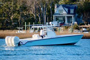 Used Seahunter 35 w/ 2013 Verado 300's35 w/ 2013 Verado 300's Center Console Fishing Boat For Sale