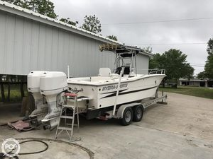 Used Hydra-Sports 2500CC Center Console Fishing Boat For Sale