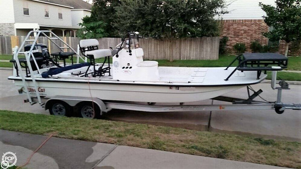 Used Ultra Cat 22 Center Console Fishing Boat For Sale