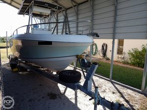 Used Sea Chaser 245 LX Bay Runner Center Console Fishing Boat For Sale