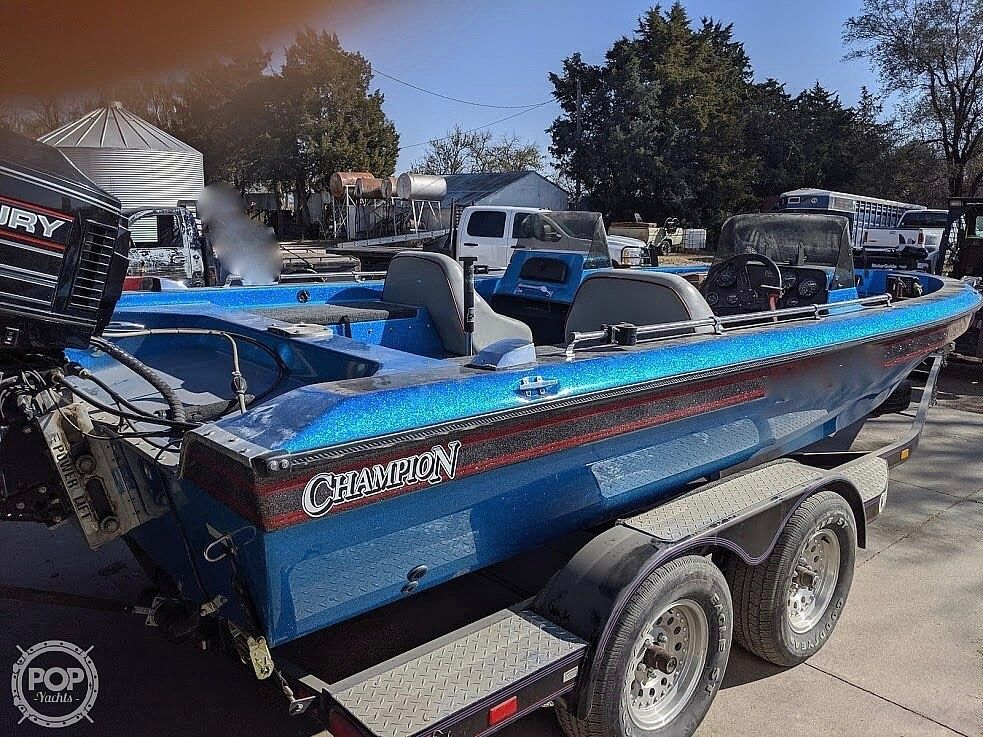 1995 Used Champion 190 Fish Hunter Elite Bass Boat For