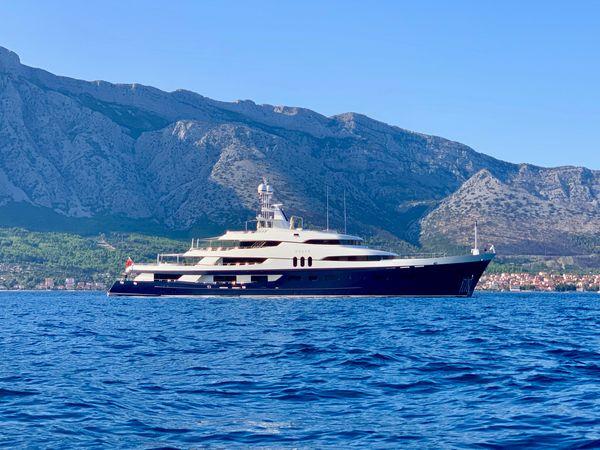 Used Custom Jadewerft Motor Yacht For Sale