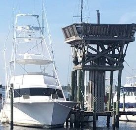Used Buddy Davis 6161 Convertible Fishing Boat For Sale