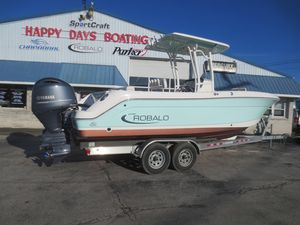 Used Robalo R242 Center ConsoleR242 Center Console Center Console Fishing Boat For Sale