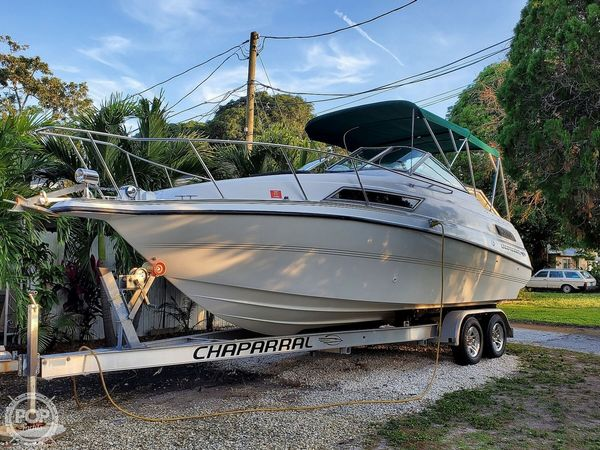 Used Chaparral 24 signature series Express Cruiser Boat For Sale