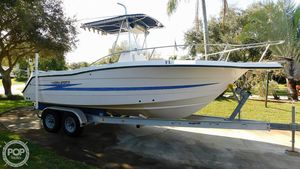 Used Hydra-Sports 2450 CC Center Console Fishing Boat For Sale