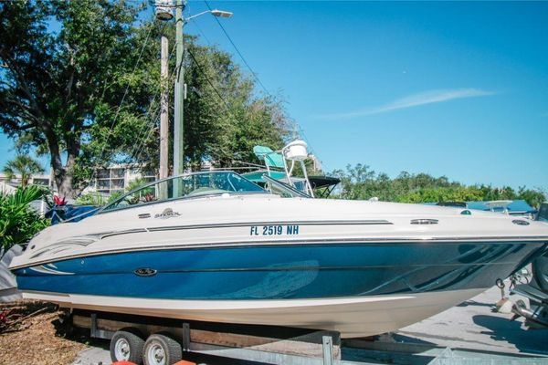Used Sea Ray 220 Sundeck Sports Cruiser Boat For Sale