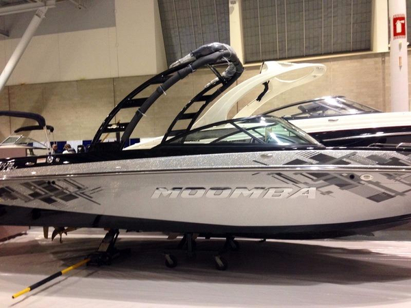 New Moomba Mobius LSV Bowrider Boat For Sale
