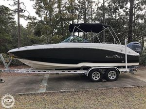 Used Nauticstar 2302 Legacy Deck Boat For Sale