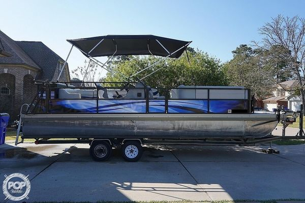 Used Jc 266 TriToon Pontoon Boat For Sale