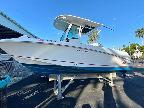 New Boston Whaler 250 Outrage250 Outrage Saltwater Fishing Boat For Sale