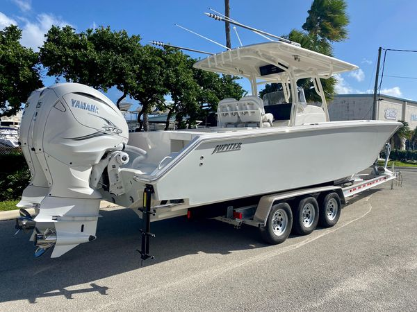 New Jupiter 34 HFS34 HFS Center Console Fishing Boat For Sale