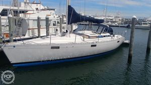 Used Beneteau 390 Oceanis Racer and Cruiser Sailboat For Sale