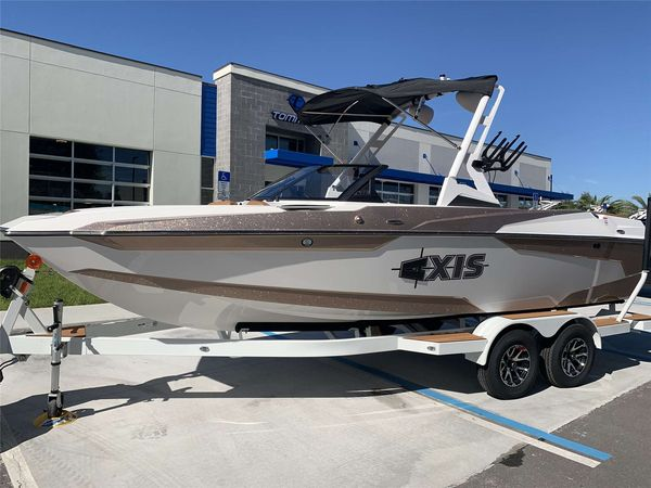 New Axis A22A22 Ski and Wakeboard Boat For Sale
