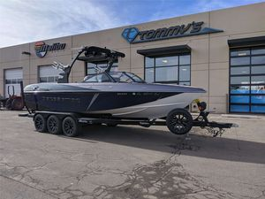 Used Malibu 25 LSV25 LSV Ski and Wakeboard Boat For Sale