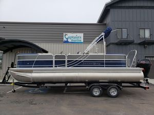 New South Bay 224RS LE 2.75224RS LE 2.75 Pontoon Boat For Sale