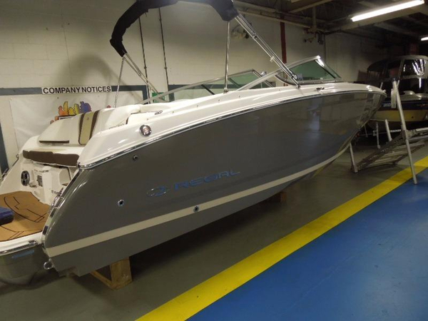New Regal 22 Fasdeck Cuddy Cabin Boat For Sale